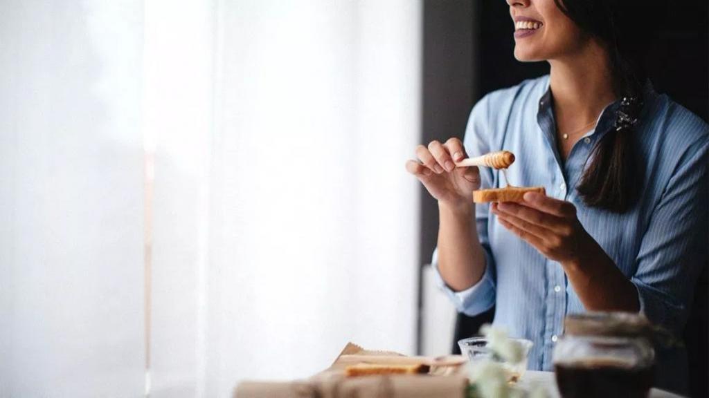 عسل و دیابت: آیا فرد مبتلا به دیابت نوع 2 می تواند عسل بخورد؟