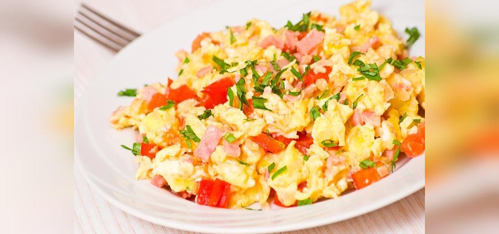 روش تهیه صبحانه مقوی برای کودکان با تخم مرغ