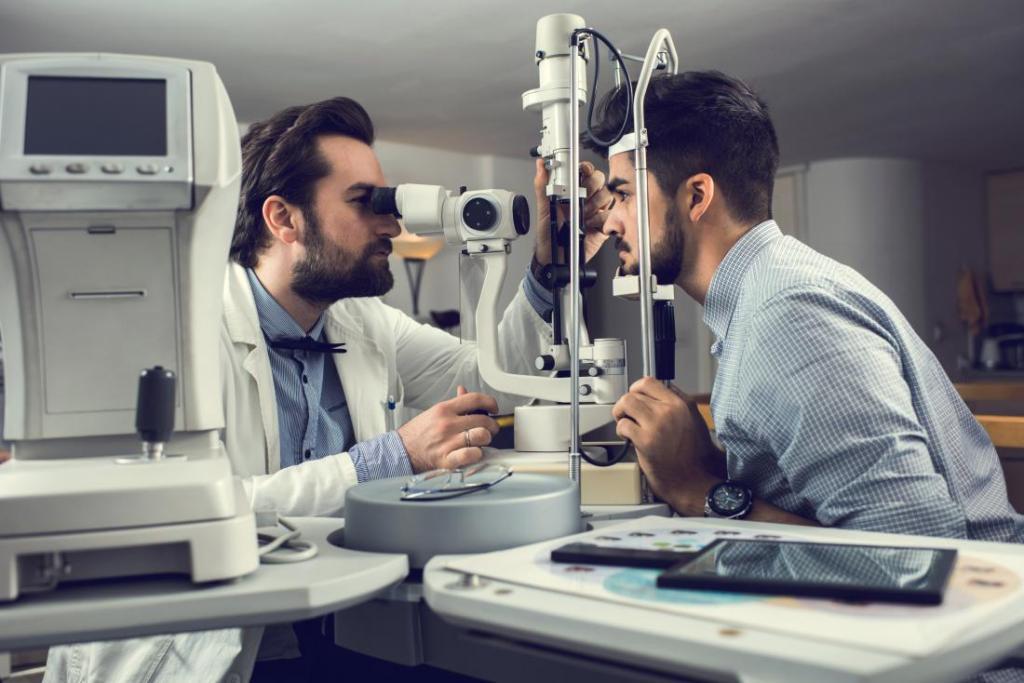 روش های تشخیص و درمان فشار پشت چشم