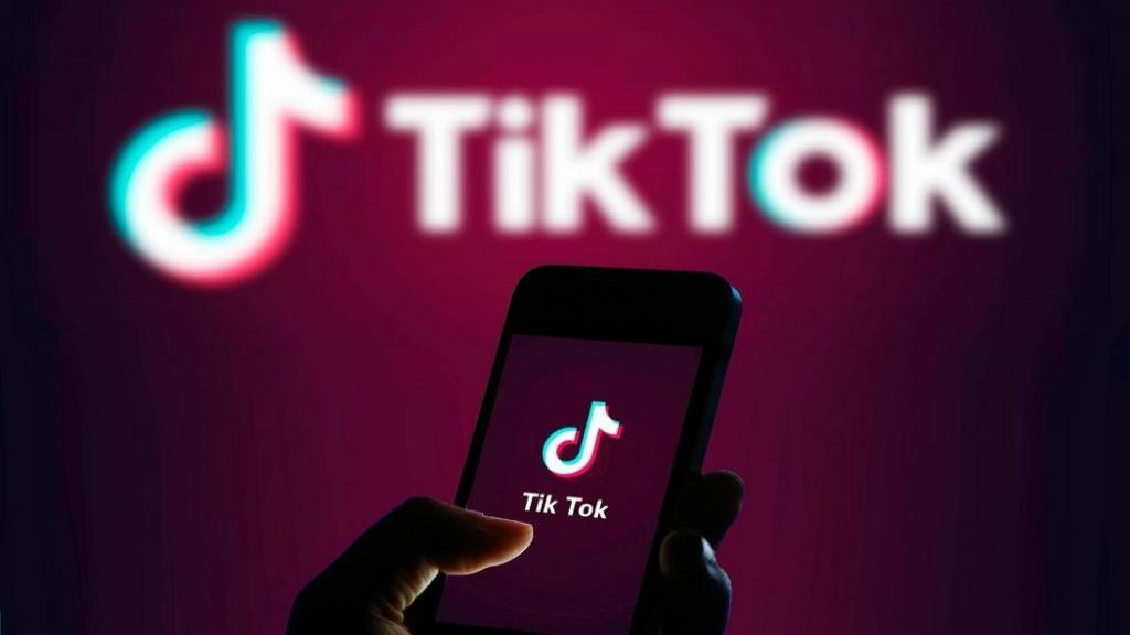 روش دانلود و نصب برنامه تیک تاک (TikTok) برای اندروید و آیفون