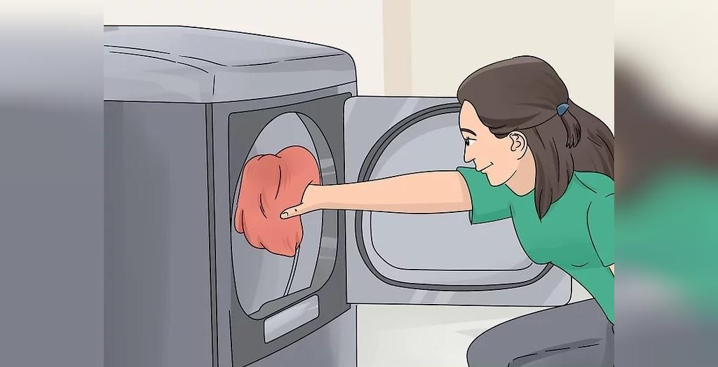 برای جلوگیری از بوی کپک، لباس های مرطوب را سریعا به خشک کن منتقل کنید