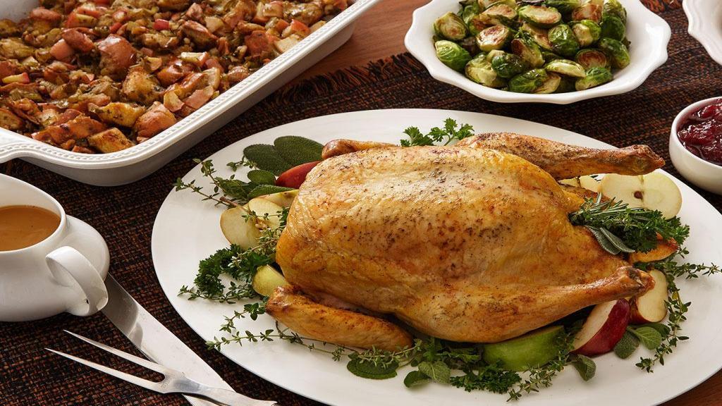 طرز تهیه مرغ شکم پر خوشمزه و مجلسی در فر و قابلمه به سبک شمالی