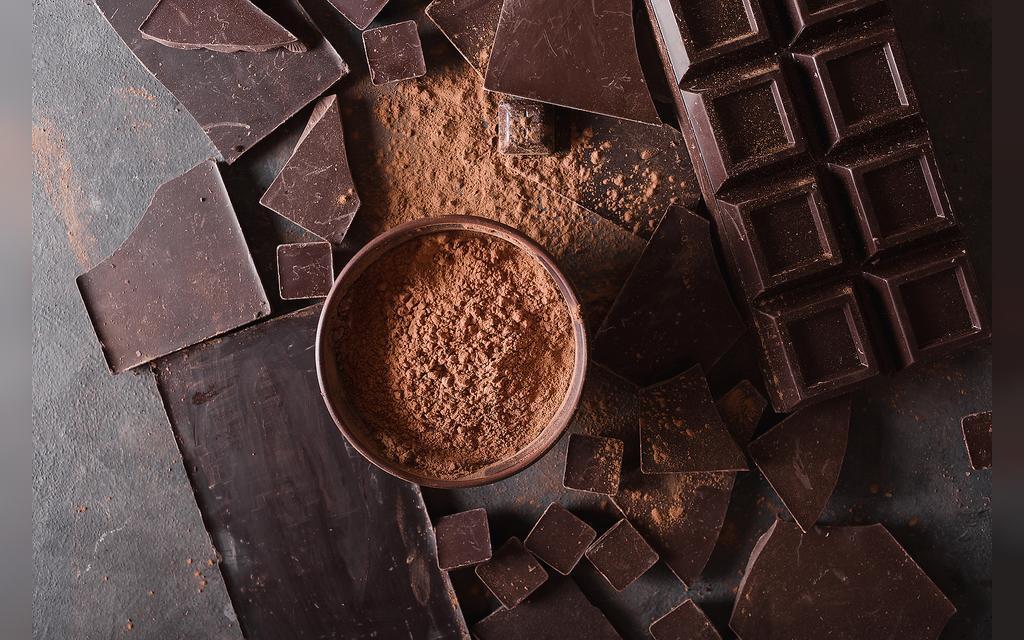 شکلات تلخ و مواد مغذی آن