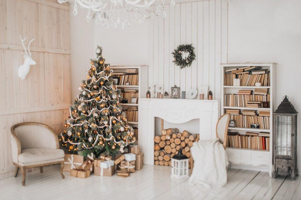 عکس درخت کریسمس شیک در خانه