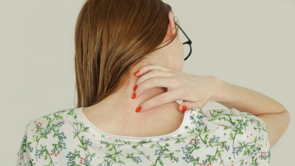 زونا چیست؟ علائم، علل، عوارض، راه تشخیص و درمان هرپس زوستر