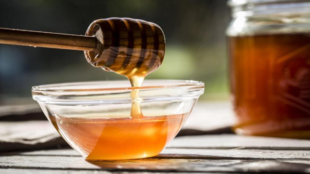 آلرژی به عسل: علائم پوستی و واکنش های آلرژیک به عسل