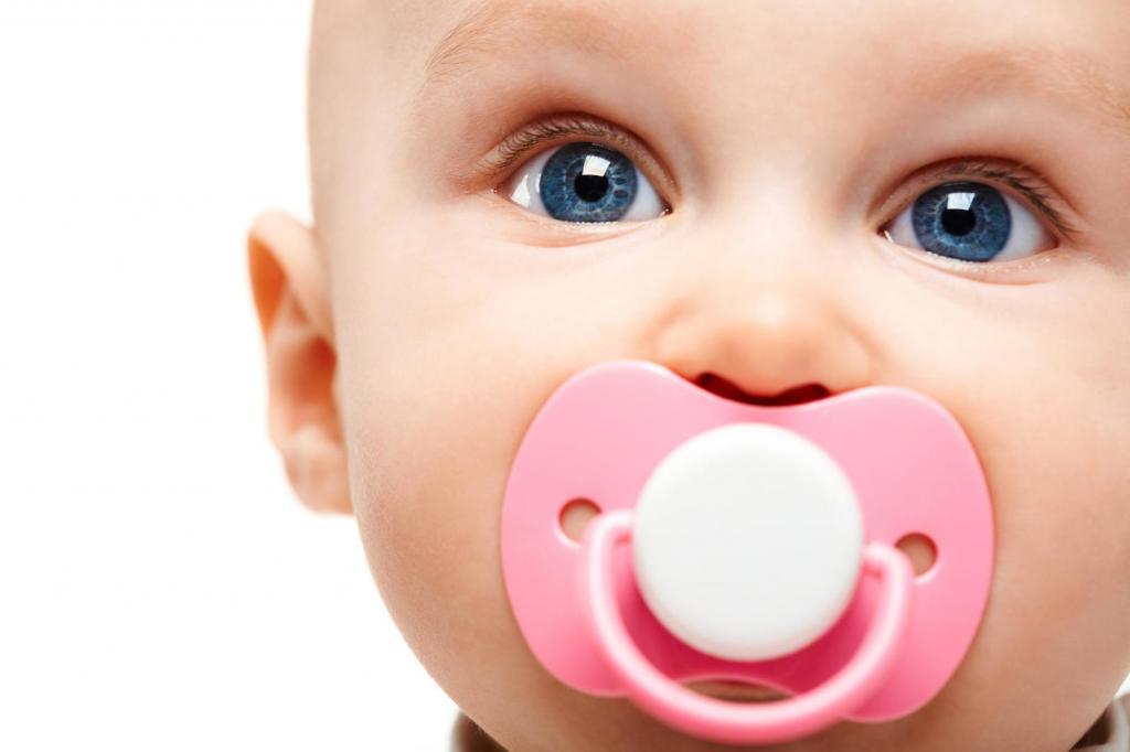 آیا کودکان به پستانک نیاز دارند