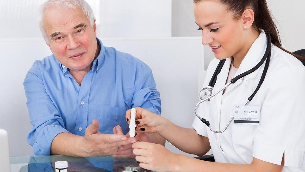 چگونه رژیم غذایی می تواند روده ها را تغییر داده و منجر به مقاومت در برابر انسولین شود