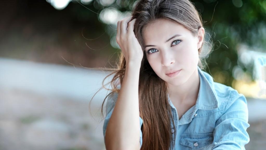 عکس دختر ساده و طبیعی زیبا