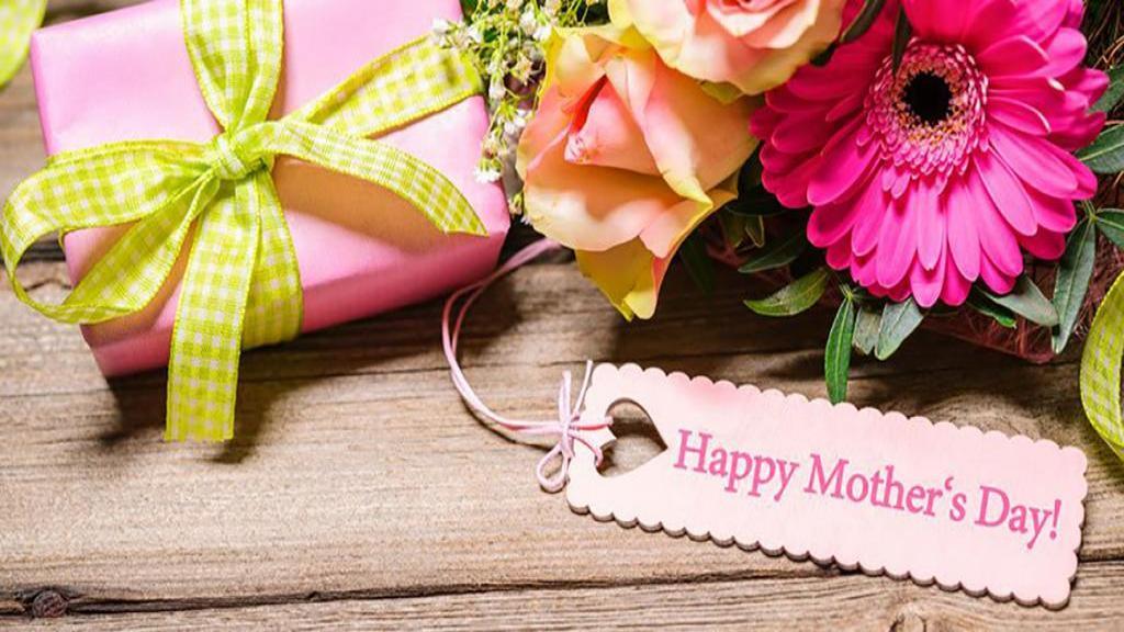 اس ام اس و متن تبریک روز مادر و مادر شوهر خاص، کوتاه و زیبا