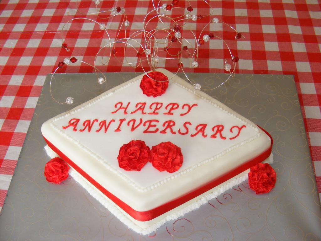 مدل کیک ساده و شیک سالگرد عقد