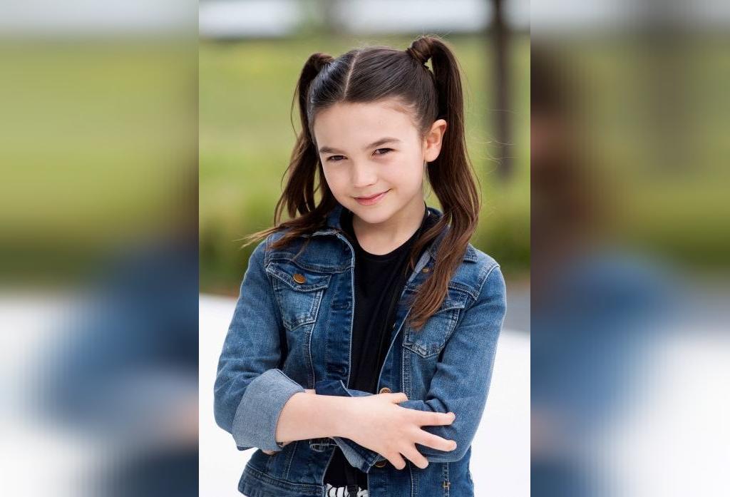 مدل موی دخترانه برای مدرسه؛ مدل موی گوش خرگوشی پیچیده شده
