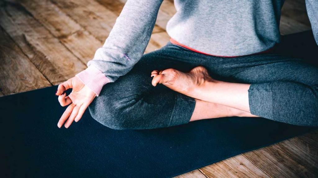 کاهش فشار با یوگا