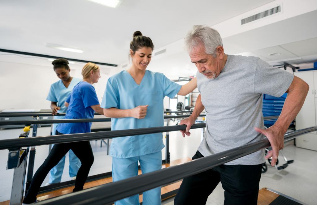 توانبخشی و فیزیوتراپی  از درمان های مکمل بیماری MS