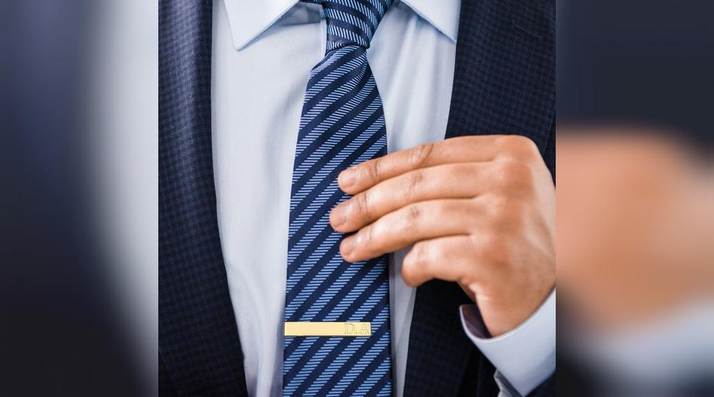 سنجاق و گیره کراوات