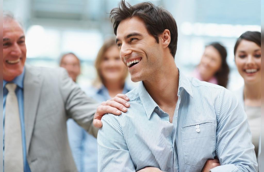 آدم های شاد و موفق، بر روی خودشان سرمایه گذاری می کنند