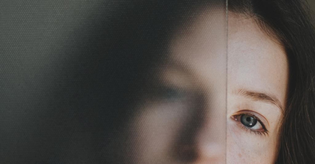 عوارض جانبی قطره اشک مصنوعی