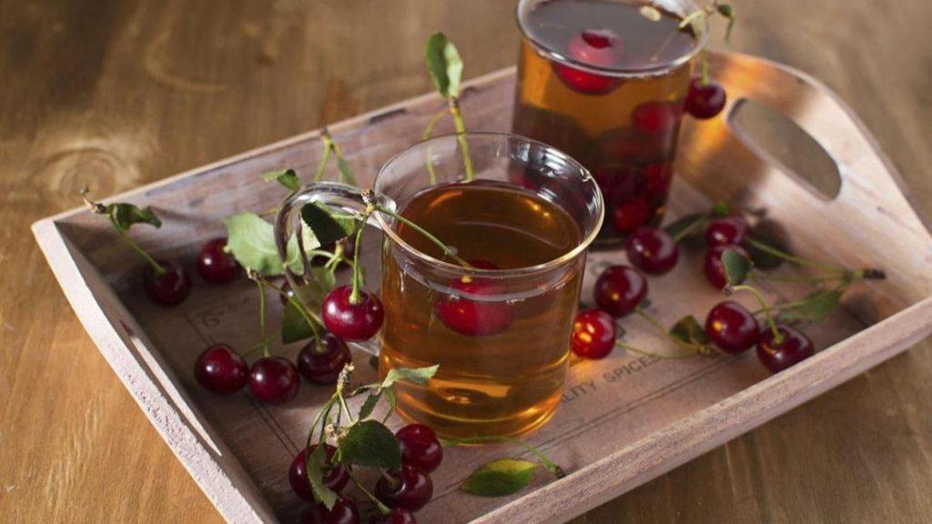 از خواص آلبالو و چای آن برای کبد چرب غافل نشوید!