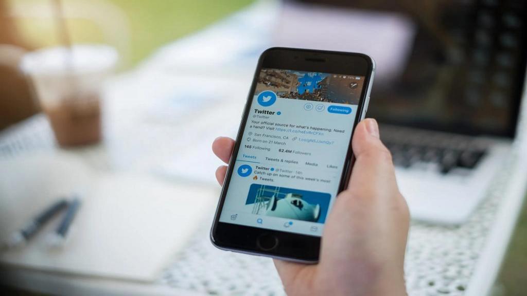 مهمترین و رایجترین اصطلاحات توییتر و معنی و کاربرد آنها