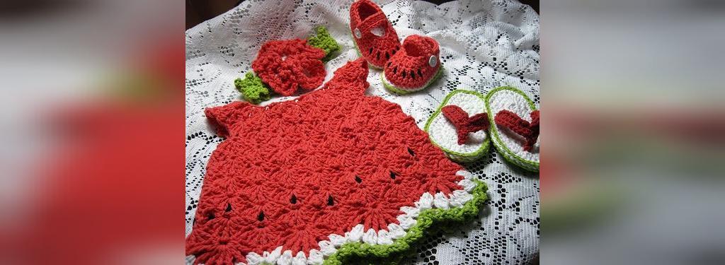 ایده لباس نوزاد هندوانه ای شب یلدا
