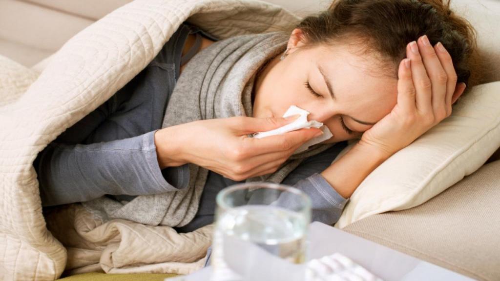 12 علامت اولیه آنفولانزا + تفاوت آنفولانزا و سرما خوردگی