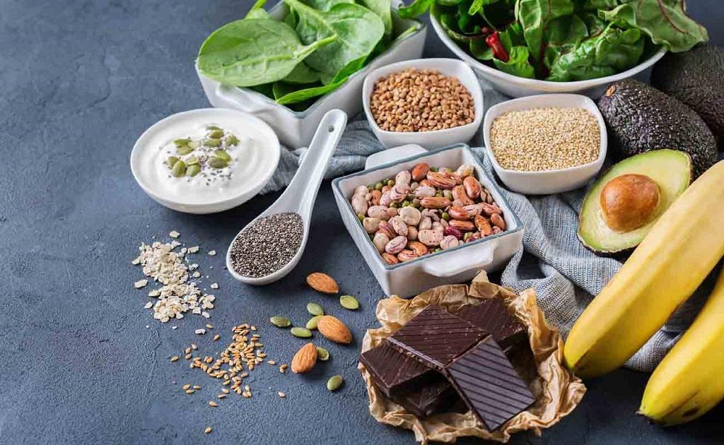 مواد غذایی سرشار از منیزیوم برای درمان و جلوگیری از یبوست