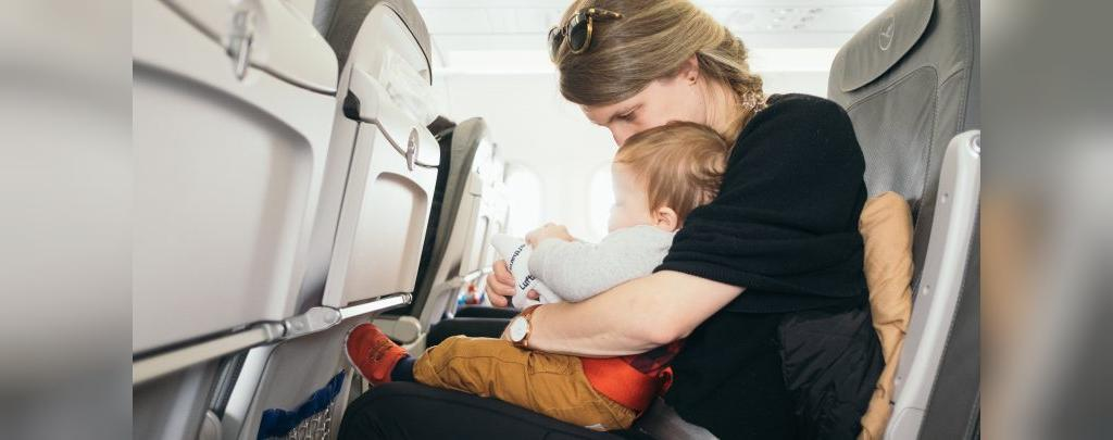 نکات مهم که مادران شیرده قبل از سفر هوایی باید بدانند
