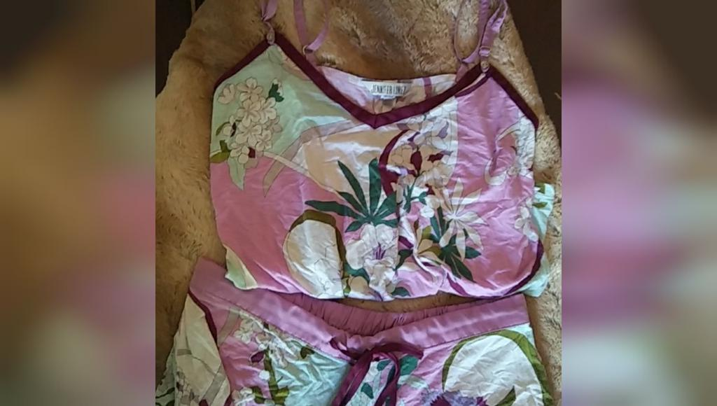 لباس خواب راحتی دکمه دار جنیفر لوپز
