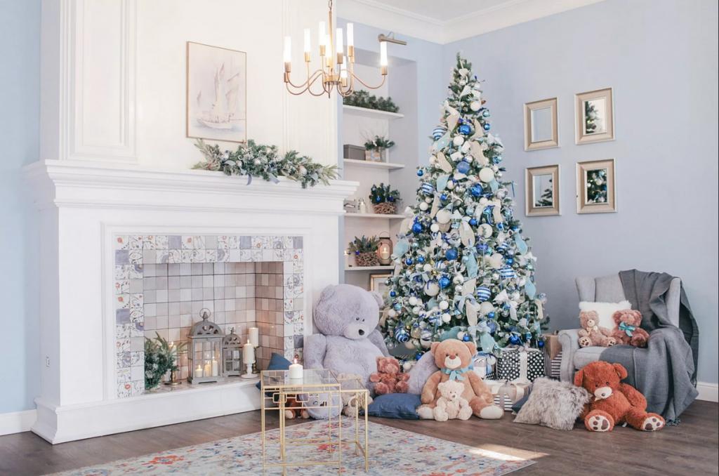 تزیین درخت کریسمس با پارچه های رنگی