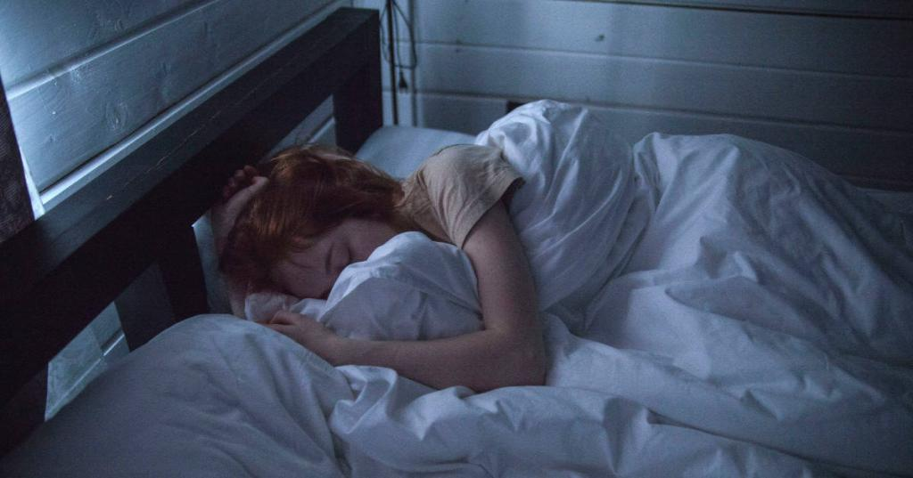چند استراتژی ساده برای کمک به بهینه سازی خواب