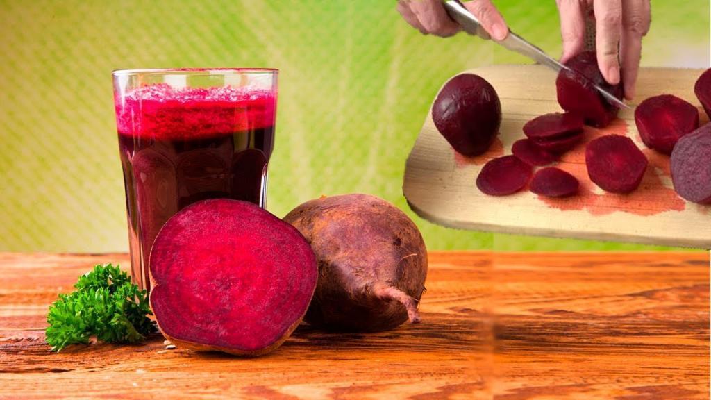 خوردن چغندر در بارداری: فواید، عوارض + 6 دستور غذا با لبو