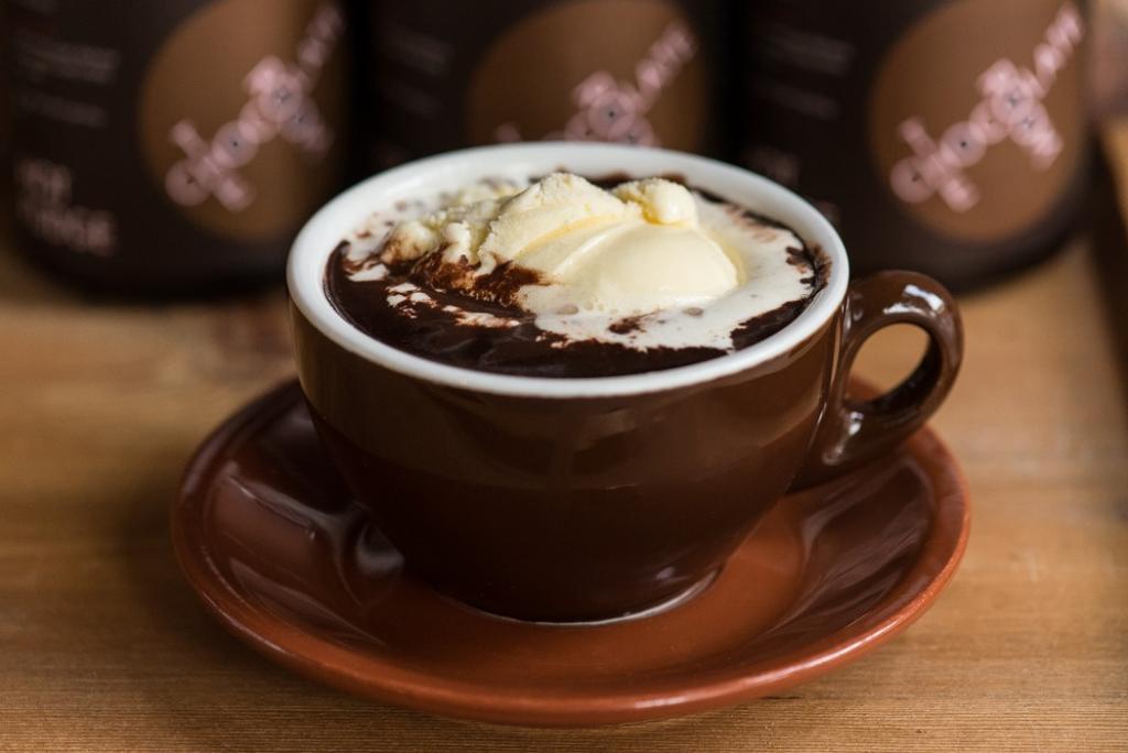 طرز تهیه شکلات داغ خوشمزه با پودر کاکائو در خانه