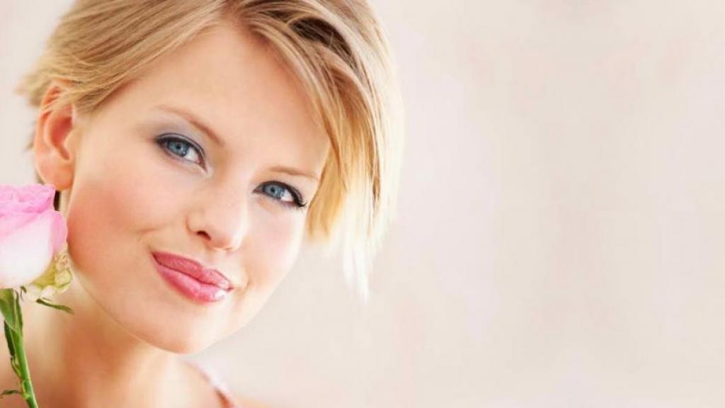 درمان جوش صورت با گلاب ؛ 11 روش عالی درمان آکنه با ماسک خانگی