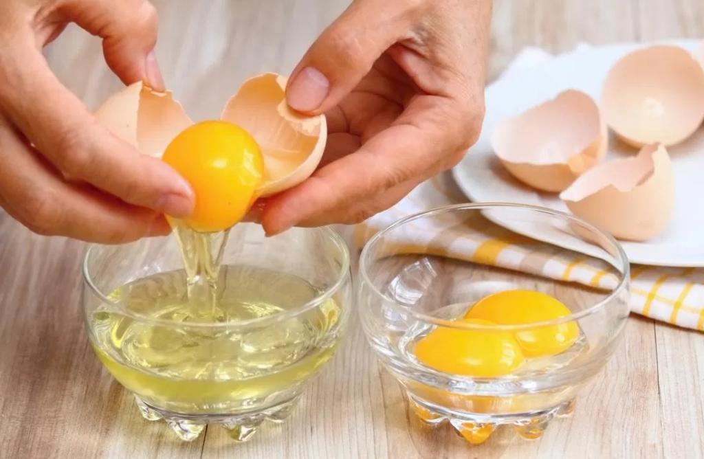 چگونه یک ماسک سفیده تخم مرغ تهیه کنید