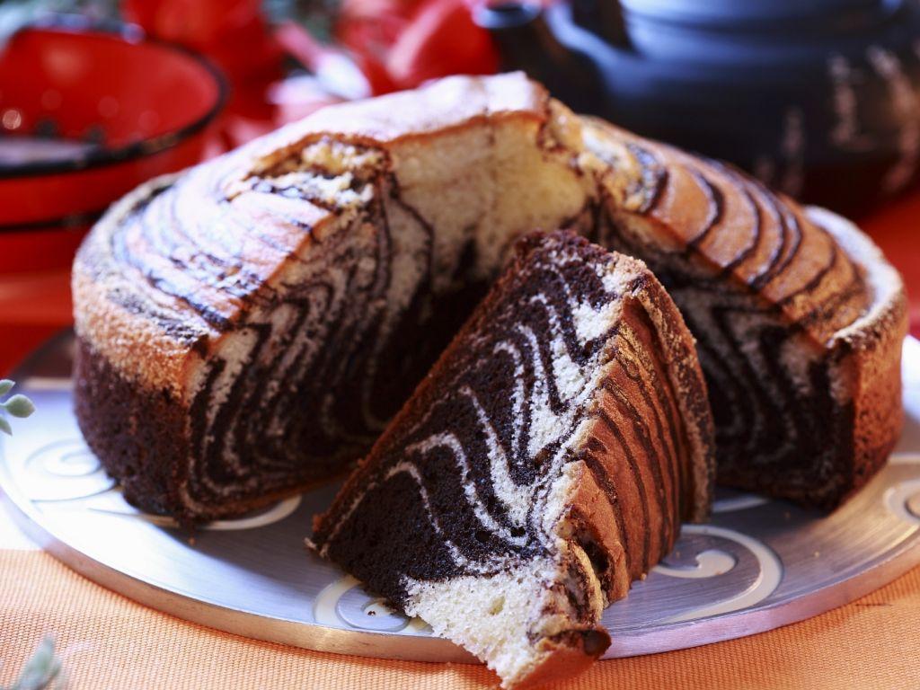 طرز تهیه کیک زبرا رنگی در خانه