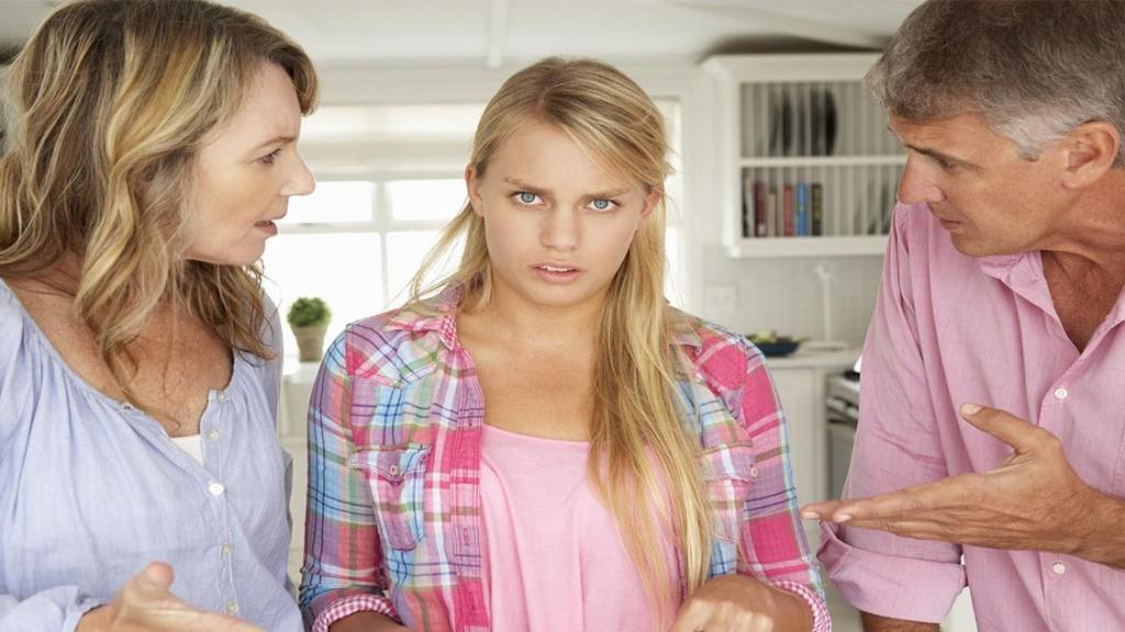 10 نکته برای برخورد و کنار آمدن با والدین سمی، بد و معتاد