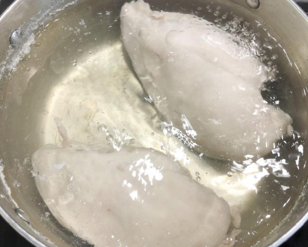 طرز تهیه ساندویچ مرغ ریش ریش خانگی ساده