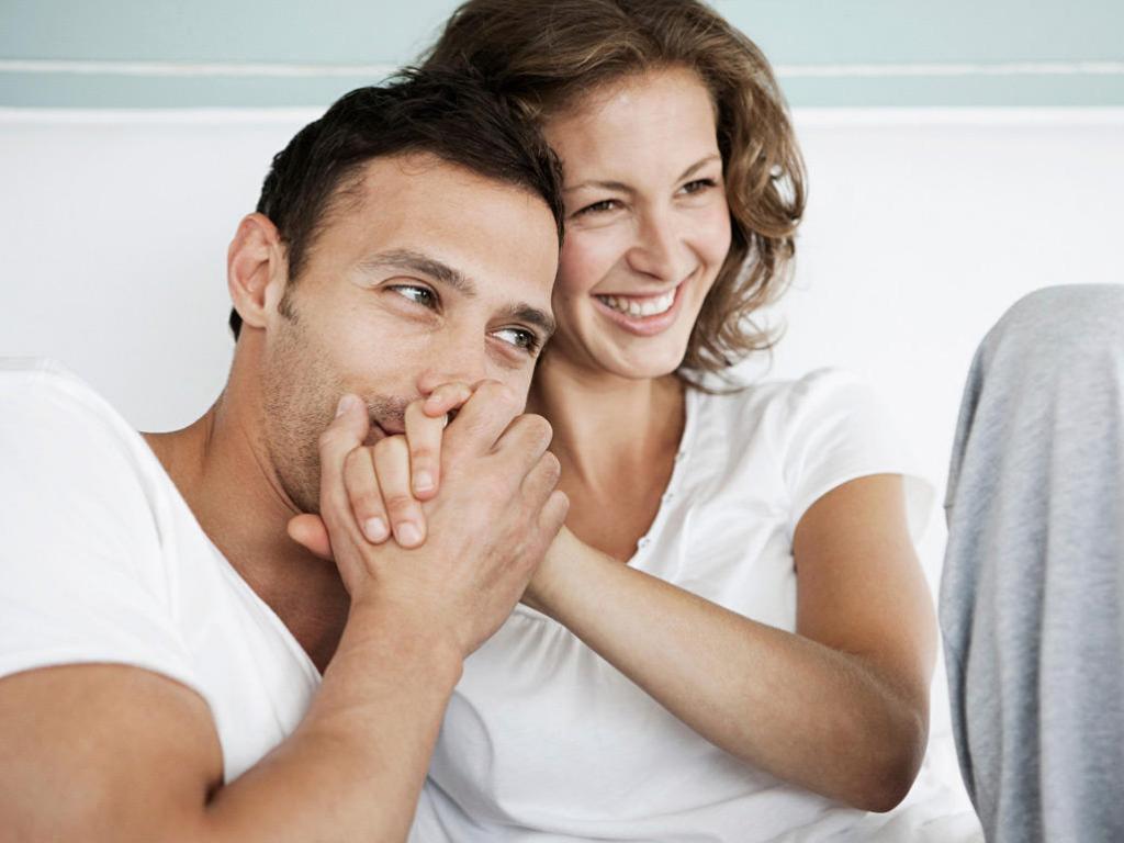درباره درد و لذت اولین رابطه جنسی چه می دانید