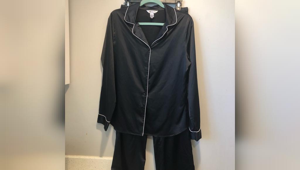 J LO Black silky two piece pajama set جنیفر لوپز
