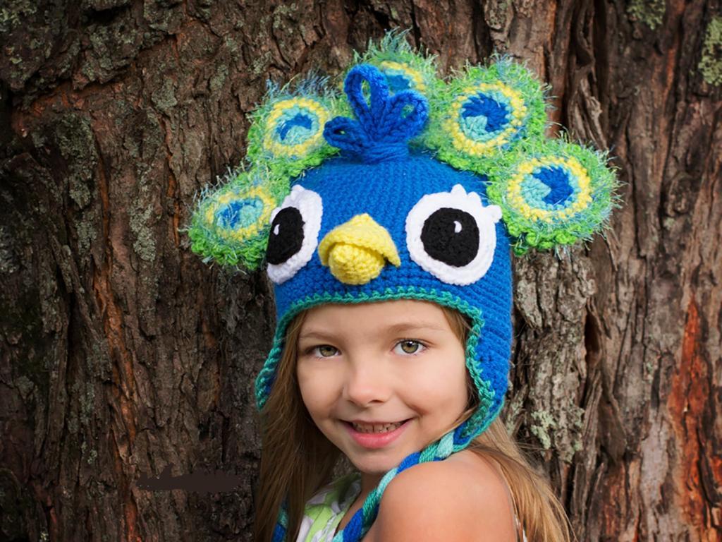 مدل کلاه بافتنی بچه گانه طرح طاووس