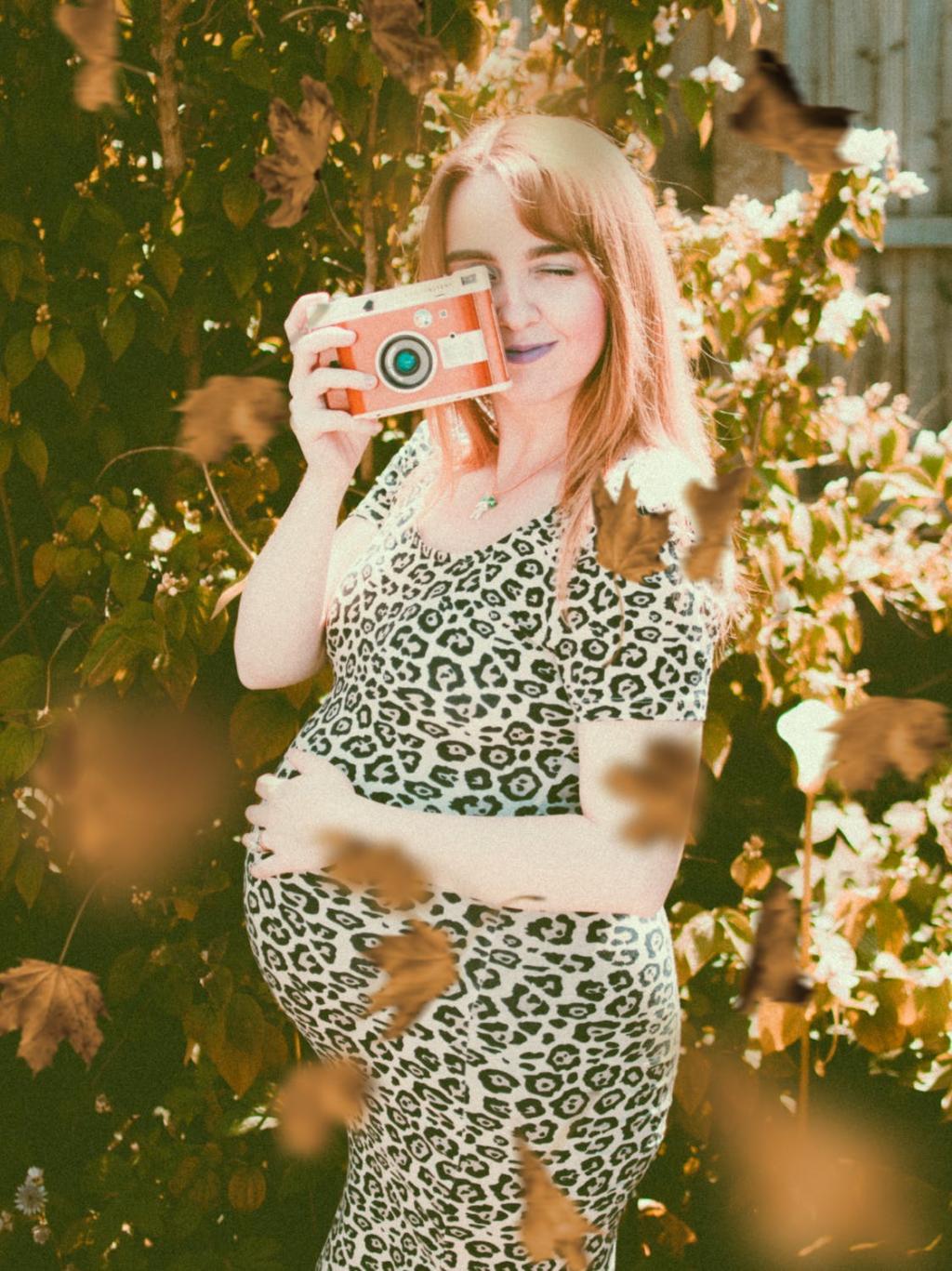 ایده عکس بارداری در آتلیه