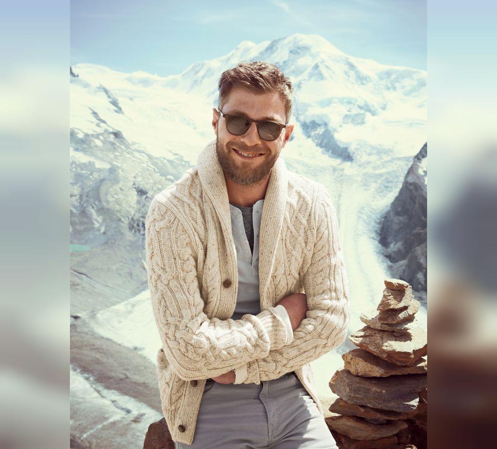 ژست عکس مردانه زمستانی در برف