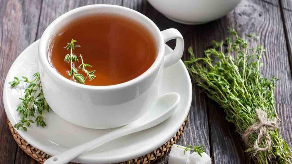 خواص فوق العاده چای آویشن برای سلامتی، درمان سرفه، بی خوابی و طرز تهیه چای آویشن
