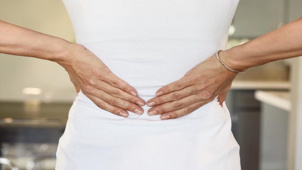 رابطه جنسی و کمر درد؛ راه های درمان درد کمر بعد از نزدیکی
