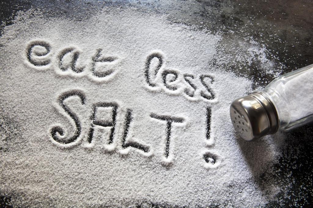 کاهش مصرف نمک از راه های درمان فشار خون بالا