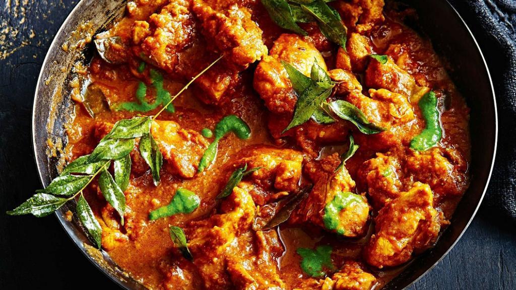 طرز تهیه خورش کاری مرغ و قارچ خوشمزه و مجلسی به سبک هندی