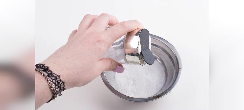 طرز تهیه خمیر دندان مبتنی بر جوش شیرین