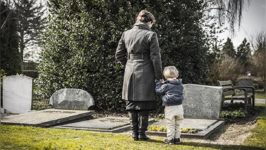 کودکان چه زمانی مرگ را درک می کنند؟ (پاسخ بر اساس یافته های محققان)