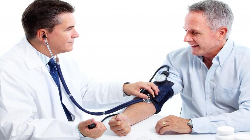 فشار خون طبیعی چیست و چگونه اندازه گیری و تفسیر می شود؟