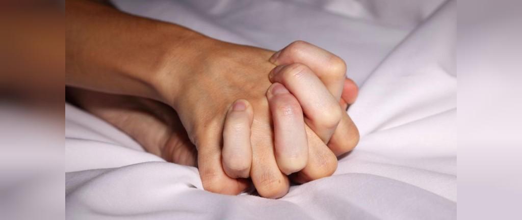 اولین باری که رابطه جنسی برقرار می کنید، ممکن است به بیماری های مقاربتی دچار شوید